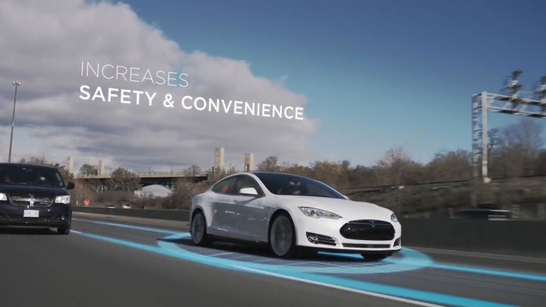 Autopilot, Summon y Auto Park, todo en un solo video del Tesla S