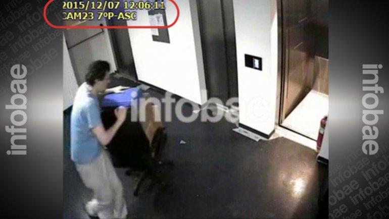 Un video registró a gerentes de La Cámpora llevándose cajas de Télam
